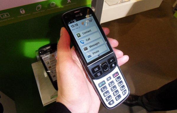 Шведы выпустили Android-смартфон для старшего поколения