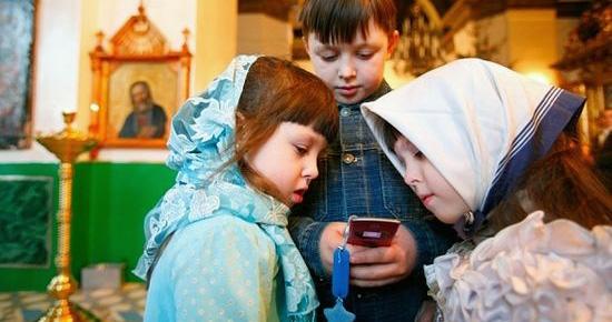 Российские школы, церкви и театры могут оказаться «вне зоны доступа»