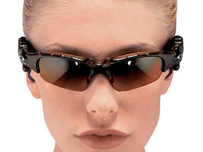 Японский NTT DoCoMo разработал очки-поводырь