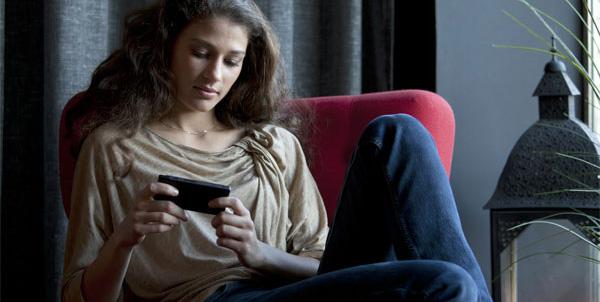 Бесконтактное управление в новом Xperia sola от Sony