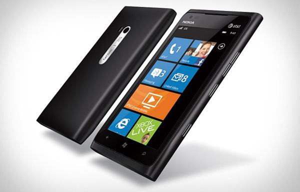 Nokia проспонсирует бесплатные Lumia 900 для сотрудников AT&T