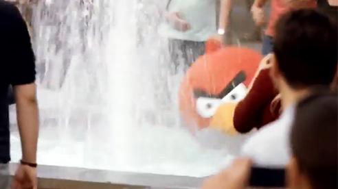 T-Mobile позволил сыграть в Angry Birds в реальности