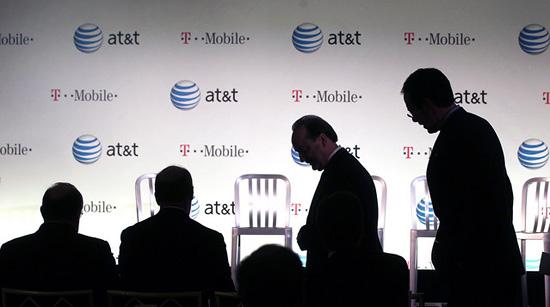 Департамент юстиции США против поглощения T-Mobile