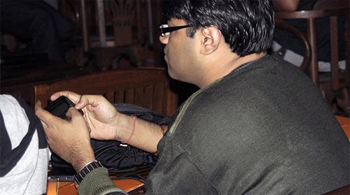 Власти Индии захотели знать, о чем пишут в личке Facebook и Twitter