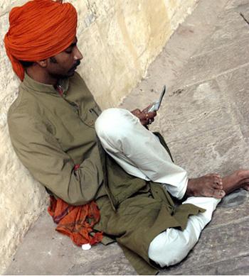 Индийские власти установили цену на частоты 2G в размере $2,5 млрд