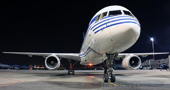 Azerfon покроет сетью самолеты «Азербайджанских авиалиний»