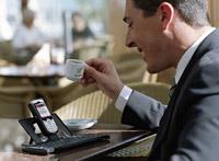 Международная ассоциация операторов приступила к разработке встроенных SIM-карт