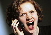 Российских операторов заставят отключать краденые телефоны